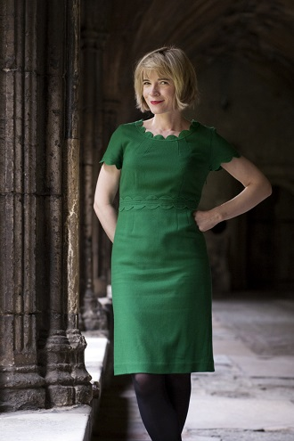 lucy-worsley-standing-thumbnail-330px-tim-stubbings
